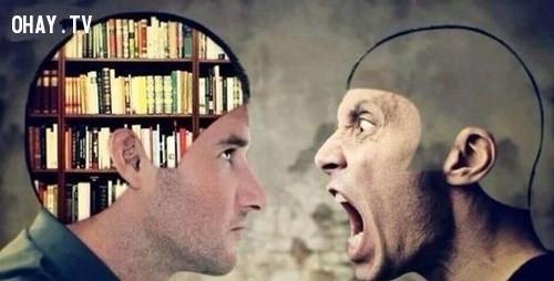 Người thông minh thì biết nói gì nên nói.,cuộc sống,suy nghĩ,biếm họa,gốc khuất