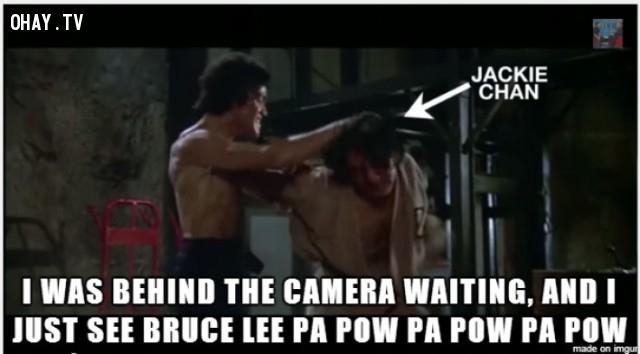 Tôi đứng phía sau chờ camera và chỉ thấy Lý TIểu Long 'pa pow pa pow pa pow',Lý Tiểu Long,Thành Long,Mãnh Long quá giang