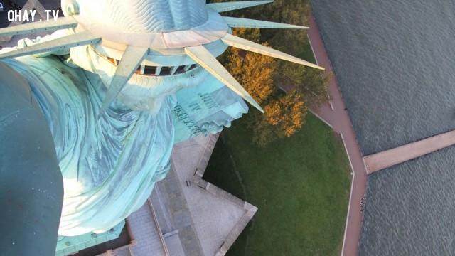 Nhìn từ trên đỉnh của Tượng Nữ thần Tự do, thành phố New York, Hoa Kỳ,Tòa nhà cao nhất thế giới,những điểm cao nhất thế giới