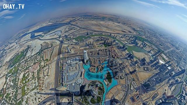 Nhìn từ đỉnh của tòa nhà cao nhất thế giới Burj Khalifa, Dubai, UAE,Tòa nhà cao nhất thế giới,những điểm cao nhất thế giới