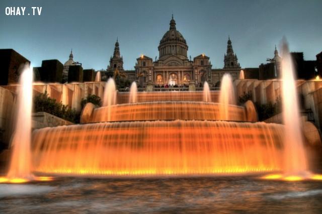 5. The Magic (Phép thuật) Montjuïc, Tây Ban Nha,đài phun nước,kiến trúc độc đáo,địa điểm du lịch