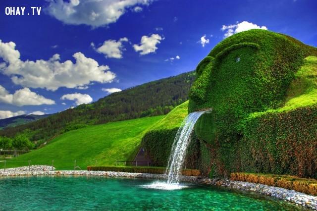 7. Swarovski , Áo,đài phun nước,kiến trúc độc đáo,địa điểm du lịch