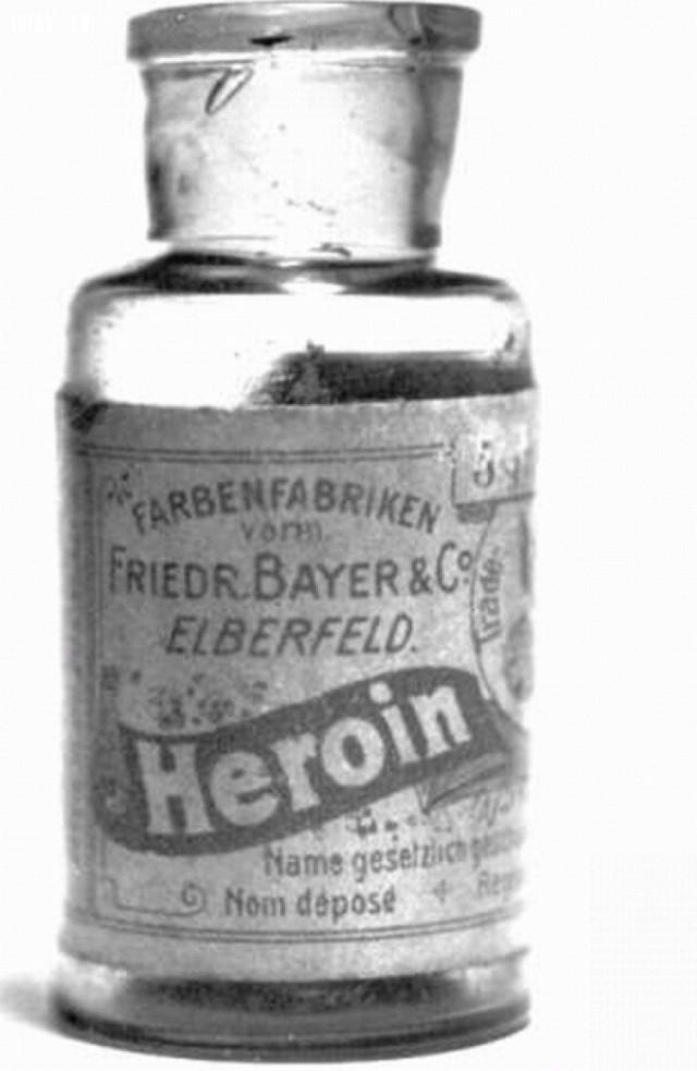 Năm 1890, thuốc trị ho chứa heroin và cocain.,hình ảnh đáng sợ,khám phá,hình ảnh y khoa