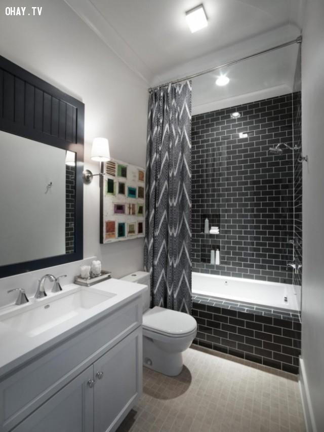 Tương tự như vậy ta treo rèm cao tương tự trong phòng tắm.,trang trí nhà,mẹo trang trí