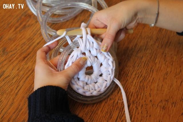 ,cách móc thảm tròn,mẹo vặt,sản phẩm độc đáo,thảm phát sáng