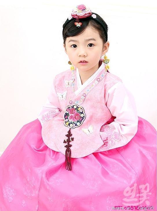 2. Hanbok của Hàn Quốc,trang phục truyền thống,việt nam,nhật bản,ấn độ,hàn quốc,đáng yêu,bé gái