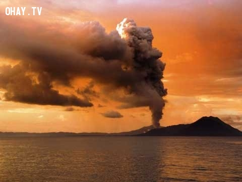 6. Ánh sáng báo hiệu núi lửa,bí ẩn chưa có lời giải,hiện tượng thiên nhiên