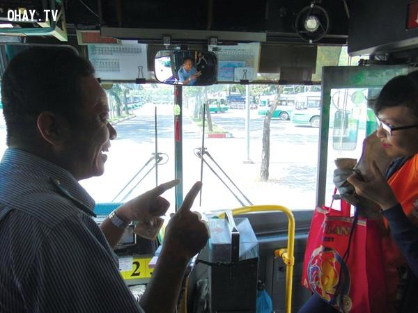Có những nỗi nhớ lạ lùng,Xe buýt,yêu thích,sinh viên