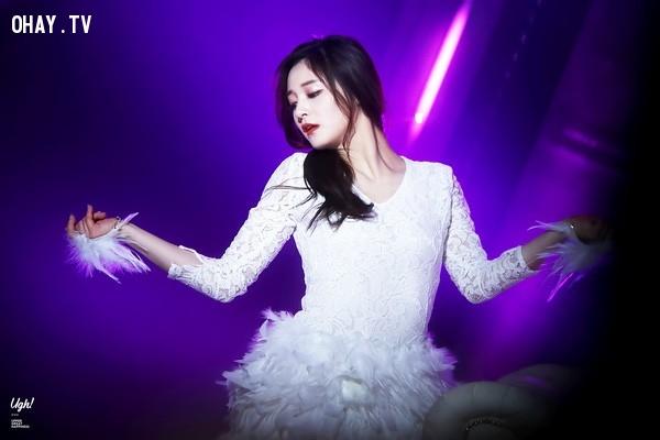 2. Zhou Pinky,Chaeyeon,Somi,YooJung