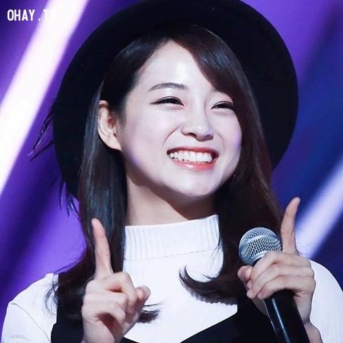 6. Kim Sejeong,Chaeyeon,Somi,YooJung