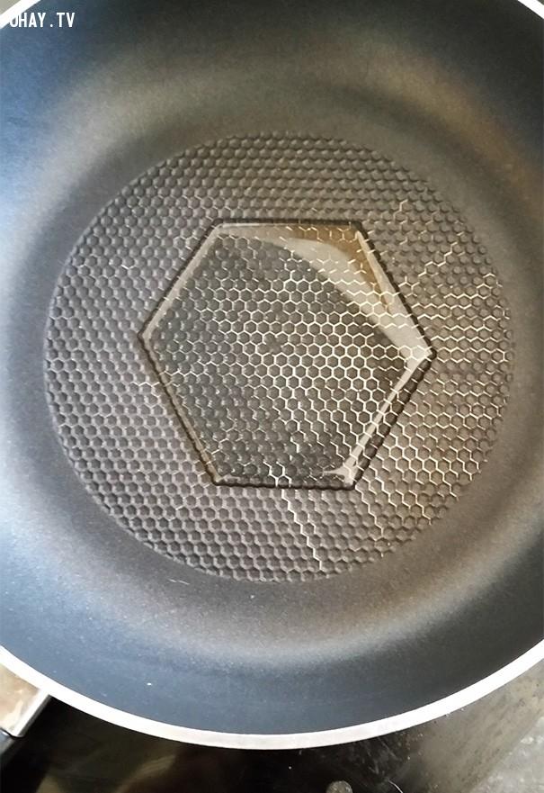 Vết dầu tạo thành hình lục giác, còn gì tuyệt hơn?,sự hoàn hảo,ảnh hoàn hảo