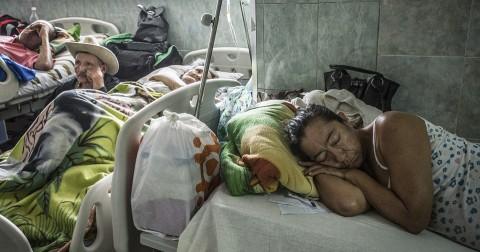 Siêu cường sắc đẹp Venezuela và thảm cảnh ngành y tế