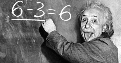 22 câu nói kinh điển hàm chứa triết lý sâu sắc của Albert Einstein