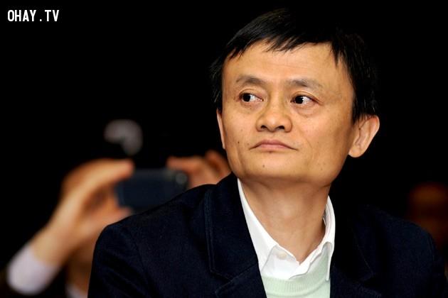 """6. """"Nếu bạn bé nhỏ, thì nên tập trung vào trí tuệ chứ không phải thể lực."""",Jack Ma,Câu nói hay,Triết lý kinh doanh"""