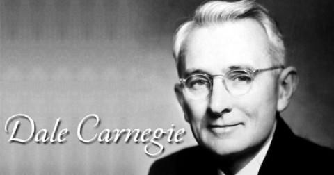 6 nguyên tắc vàng 'tranh thủ nhân tâm' từ Dale Carnegie