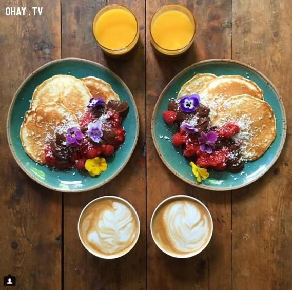 Một bữa ăn sáng vô cùng đối xứng.,ảnh hoàn hảo,sự hoàn hảo,yêu thích sự hoàn hảo
