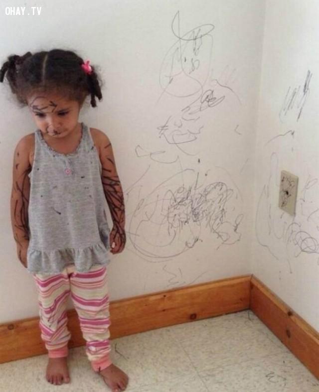 Vẽ cho nhà thêm đẹp,trẻ con,trò nghịch của trẻ
