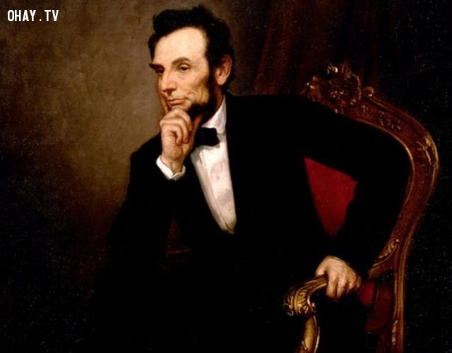 Vị tổng thống tài ba Abraham lincoln là một người pha chế rượu rất giỏi , ông có  giấy phép kinh doanh đồ uống có cồn và cũng có một vài quán rượu .,