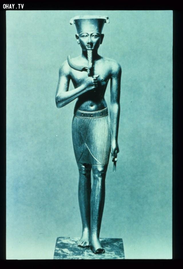 5. Amun (26/4 - 25/5),cung hoàng đạo,chiêm tinh học,đoán tính cách,trắc nghiệm vui
