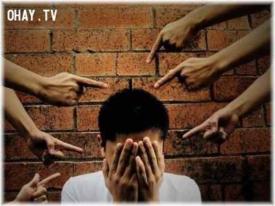 5. Hoang tưởng tự buộc tội,hoang tưởng,tâm thần phân liệt,khoa học chưa giải thích