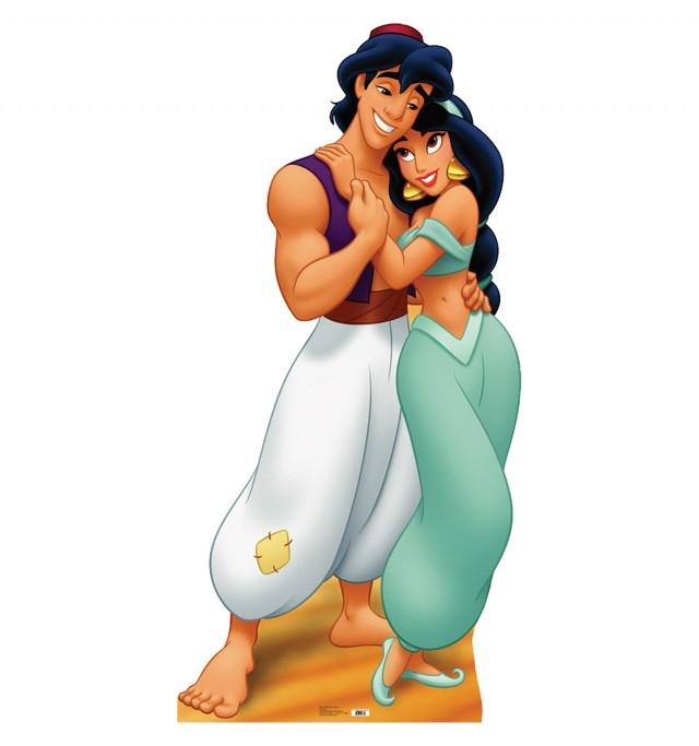Lúc đầu, Aladdin được phác thảo ăn mặc xoàng xĩnh hơn nhiều. Nhưng sau khi nhân vật Jasmine được thiết kế, nhà sản xuất đã yêu cầu các họa sĩ vẽ lại toàn bộ tạo hình của Aladdin.,sự thật thú vị,những nàng công chúa Disney
