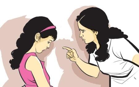 2. Quá nghiêm khắc với con,nuôi dạy con cái,phuong pháp dạy con,cách dạy con,sai lầm