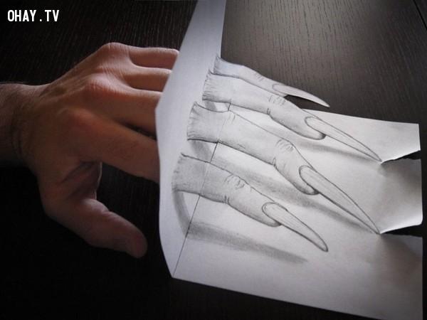 4. Bàn tay đáng sợ phía sau lớp giấy,Tranh 3D,Sống động