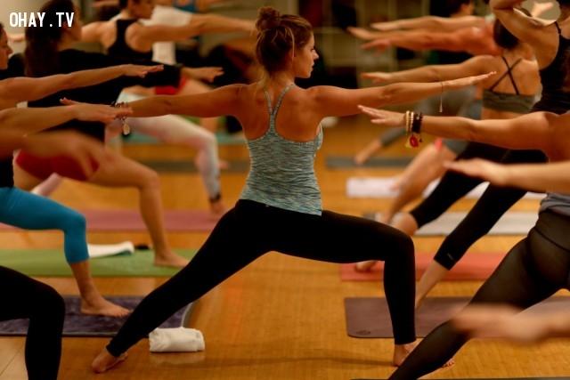 Tập thể dục giúp hệ thống tim mạch hiệu quả hơn và giảm nguy cơ bệnh tim. Ngay cả tác động thấp tập thể dục như yoga cũng có kết quả tương tự.,tập thể dục,những điều thú vị trong cuộc sống,khám phá