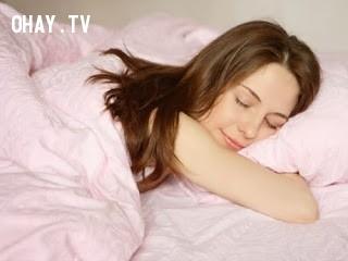 3. Không cố ép mình để ngủ,cải thiện giấc ngủ,cách để ngủ ngon