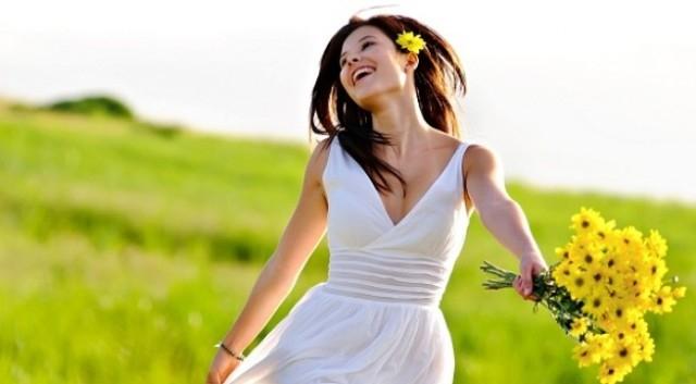 Là người luôn vui vẻ, tràn sức sống,Cách thu hút người khác,thu hút sự chú ý,trở thành người lôi cuốn