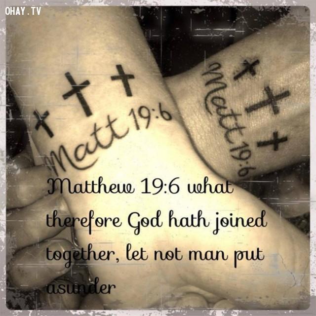 """Matthew 19:6 - """"Điều gì Thiên Chúa kết hợp, loài người không được phân cách"""",hình xăm,hình xăm đôi,hình xăm cặp"""