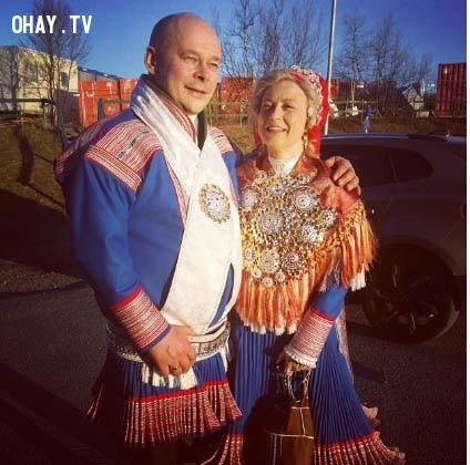 4. Sami (Bắc Âu),trang phục truyền thống