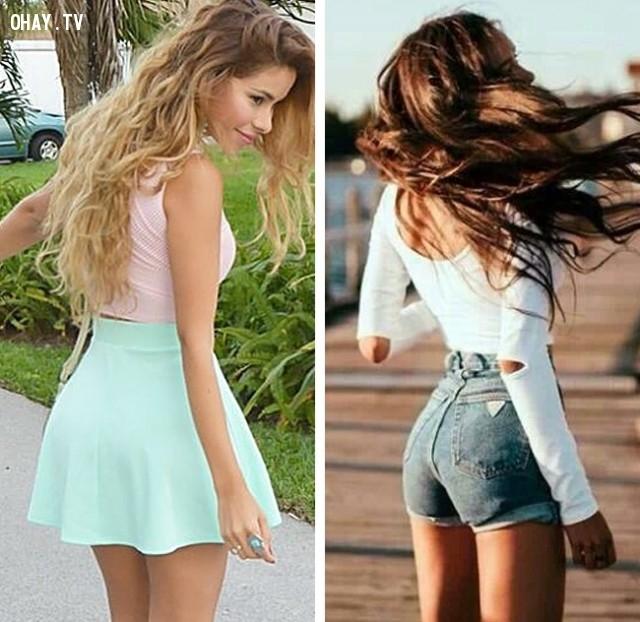 Crop top diện cùng chân váy hay quần short luôn là lựa chọn hàng đầu cho set đồ đơn giản và thời thượng,#thời_trang #mẹo #,#làm_đẹp