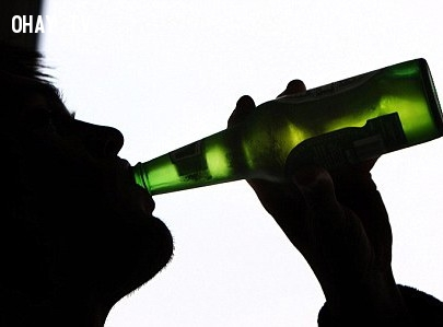 Họ gặp chứng rối loạn giấc ngủ, có những thói quen ăn uống khác những người bình thường.,dấu hiệu,che đậy,cảm xúc,buồn