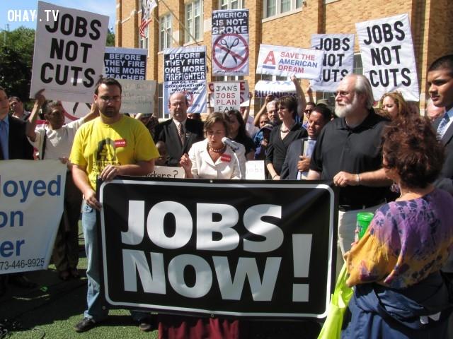 Xã hội cần nhiều ông chủ hơn là những nhân công,công việc,ổn định,ích kỷ,thay đổi,thành công