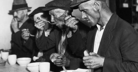 20 bức ảnh lịch sử khiến bạn ngậm ngùi
