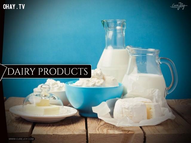 10. Sữa và chế phẩm từ sữa,mọc tóc,rụng tóc,thực phẩm tốt cho tóc,ăn gì để mọc tóc