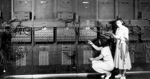 Hôm nay 23/08 - Kỷ niệm 25 năm ngày internet ra đời