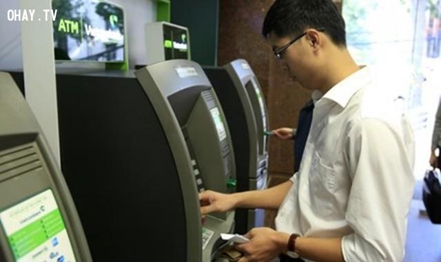 ,vietcombank,bảo mật ngân hàng,marketing,xử lý khủng hoảng