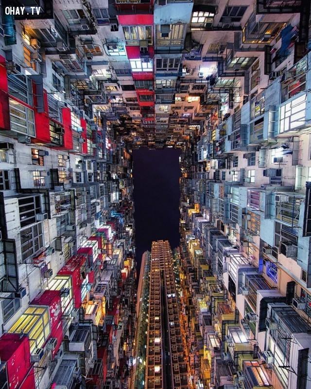 Khi bạn ở bên dưới và nhìn lên những chung cư thì đây là hình ảnh ấn tượng nhất bạn thấy.,ảnh đẹp,ảnh không photoshop