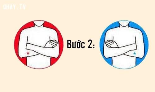 Bước 2: Khoanh hai tay trước ngực,trắc nghiệm tính cách,nhật bản,người nhật