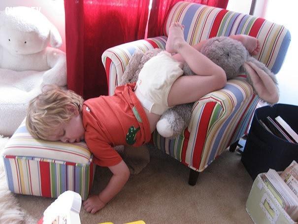 Ngủ trưa theo phong cách yoga,trẻ em