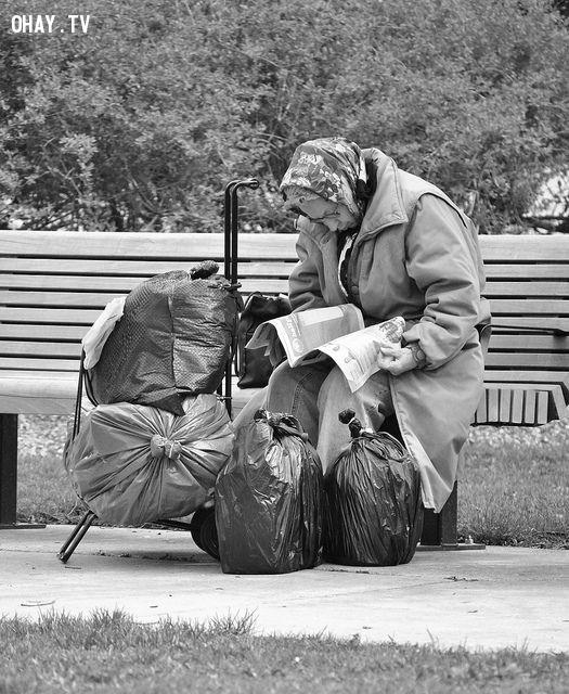 ,người vô gia cư,bức ảnh đáng thương,rơi nước mắt