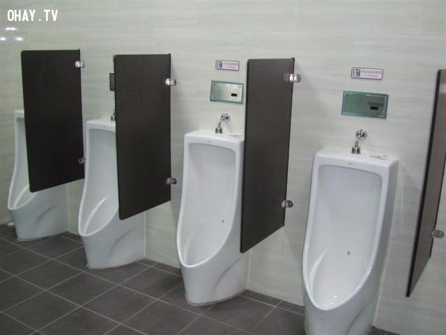 Nhà vệ sinh công cộng dành cho nam,Nhà vệ sinh công cộng