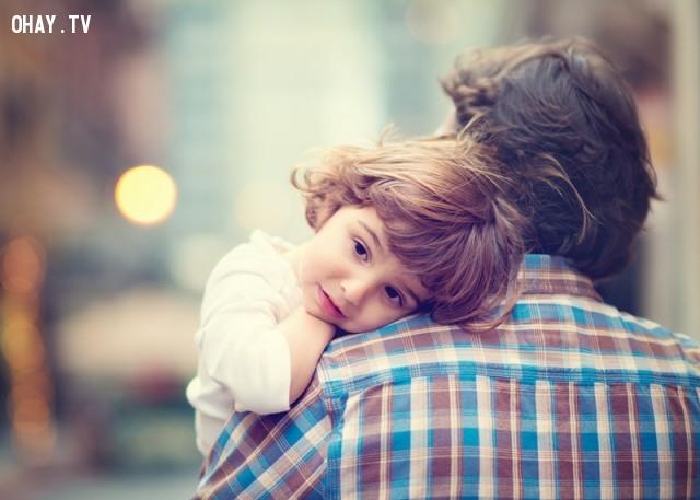 Cô ấy hoàn toàn thấy thoải mái với sự im lặng,lí do tại sao,bố và con gái,người vợ tuyệt vời,đàn ông,hôn nhân hạnh phúc