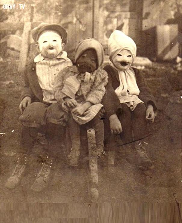 #6,ảnh đen trắng,vintage halloween,cảm giác ghê rợn,ảnh thời xưa