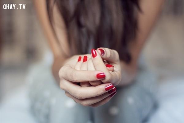 4. Suy nghĩ quá nhiều và không thể dừng lại ,căng thẳng,lo lắng,stress
