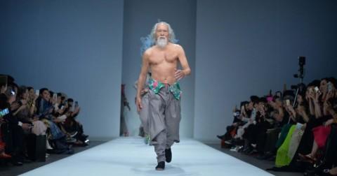 Cụ ông 80 tuổi này đã làm gì để trở thành 'ông nội' hot nhất Châu Á?