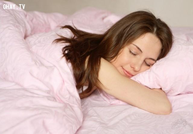 Nằm sấp khi ngủ,Già nhanh,bí quyết trẻ lâu,thói quen xấu,lão hóa