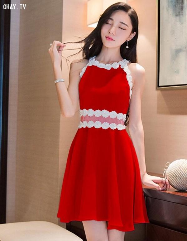 4. Đầm xòe màu đỏ hở vai.,đầm xòe,thời trang nữ